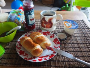 Frenchie breakfast with Brioche Pasquier
