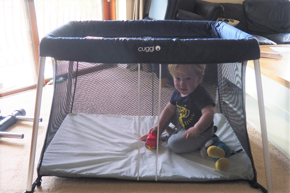 Cuggl Deluxe Superlight Travel Cot Review, travel cot, argos