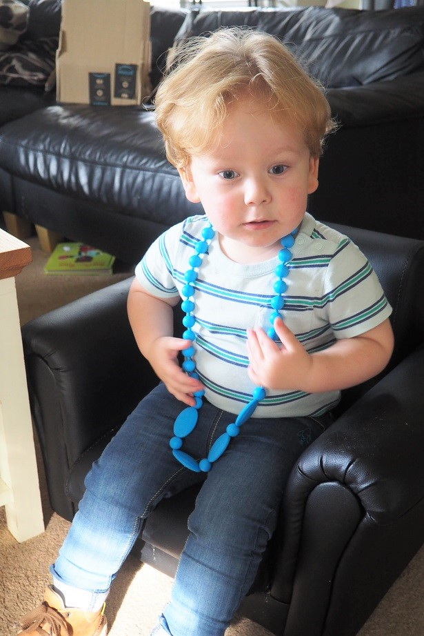 Halia Rose Teething Jewellery Review, teething necklace