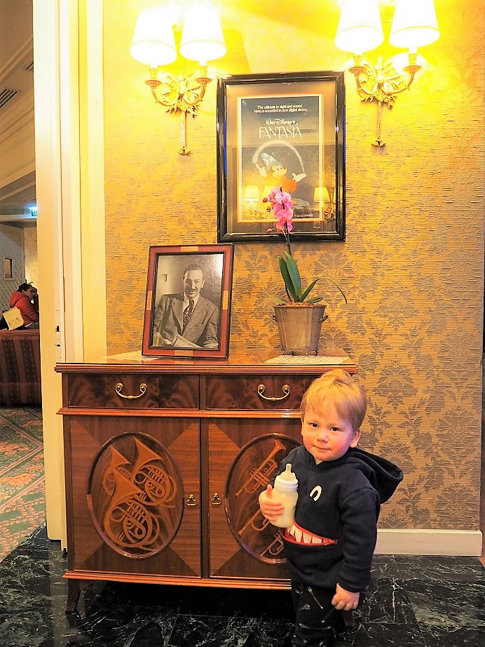 5 Tips to Enjoy Disneyland Paris with Toddlers, Disneyland Paris, The Season of the Force, Disney