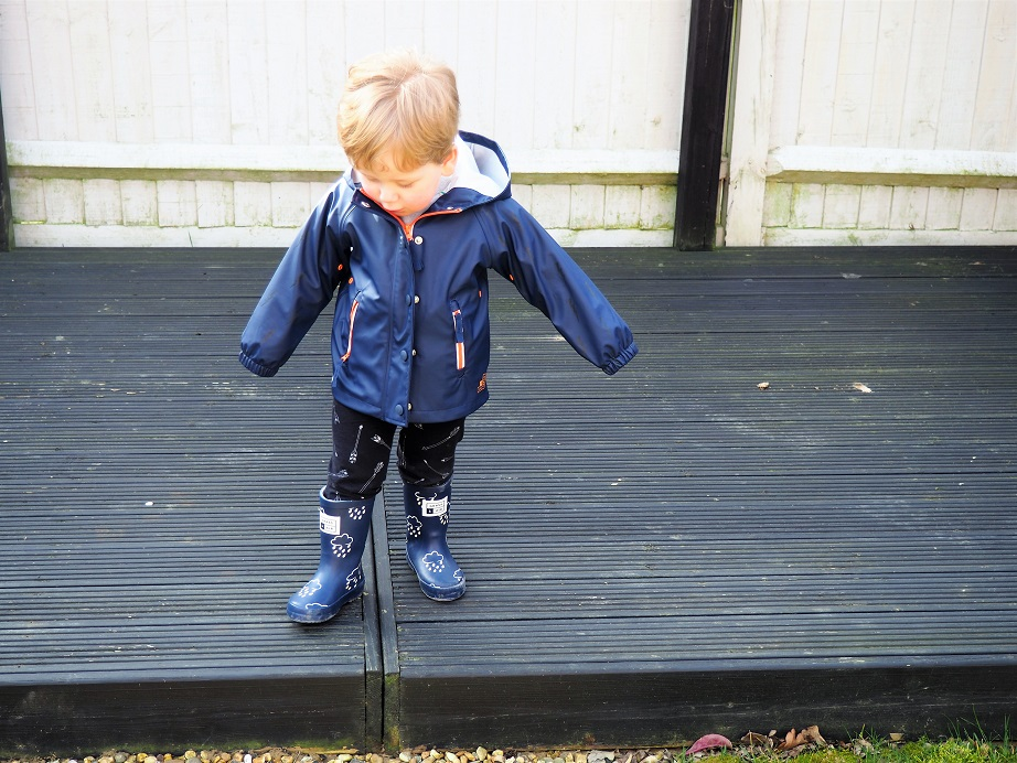 Baba Fashionista with Air & Grass, Outwear brand, kids' fashion, raincoat, wellies, The Frenchie Mummy, innovative rainwear, giveaway