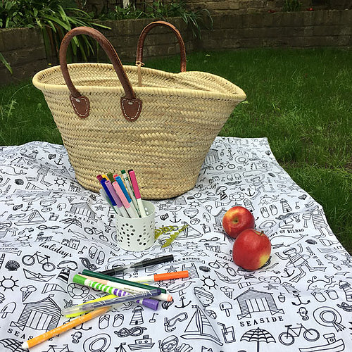 Win a Petiotes Picnic Blanket, Blog Anniversary Giveaways, The Frenchie Mummy, Handcrafted & Unique Gifts, French Brand, Giveaway