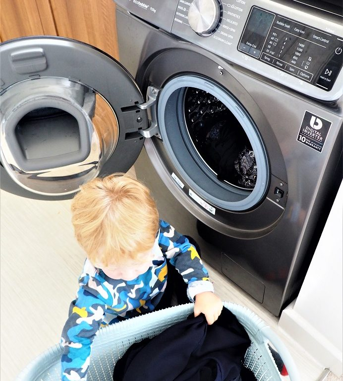 Samsung QuickDrive Washing Machine, Clever Washing Machine, Review, Wash Cool, Smart 9kg Samsung QuickDrive, the Frenchie Mummy. Mumsnet Bloggers Panel