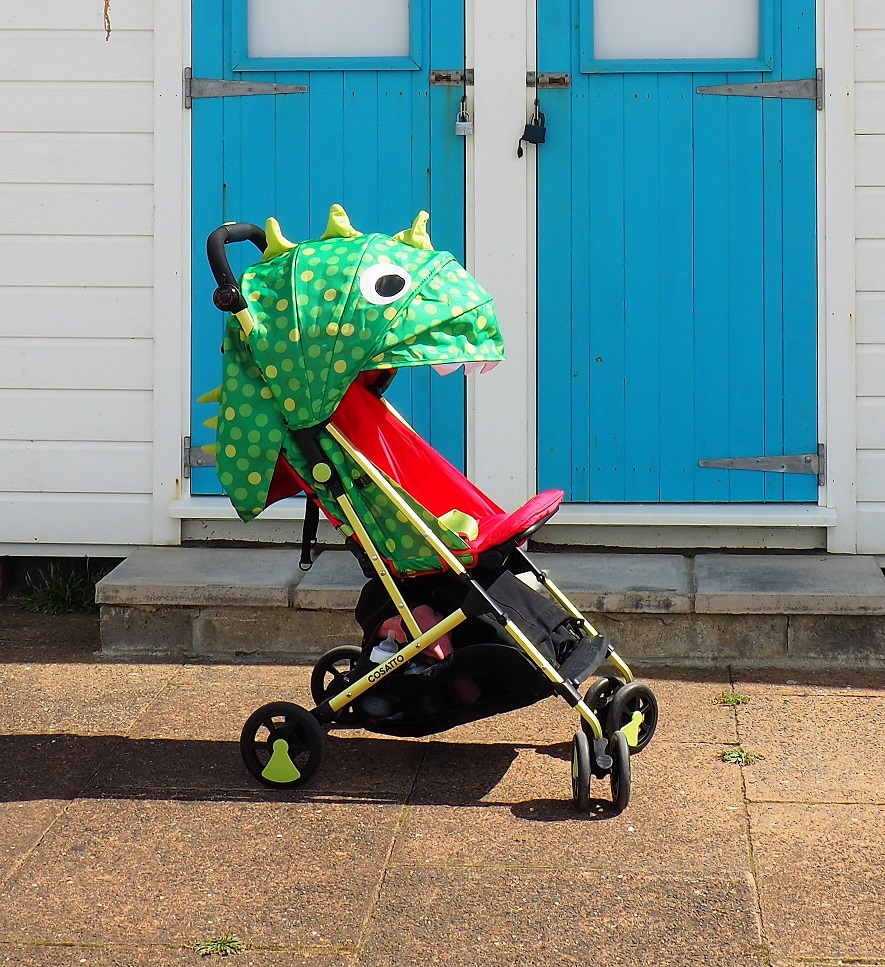 Cosatto Woosh Stroller Review, Cosatto Woosh Stroller, Pushchair Review, lightweight ultra compact buggy, stylish prints and patterns, the Frenchie Mummy, Cosatto Woosh Stroller Review