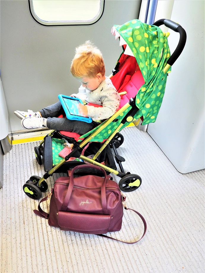 Cosatto Woosh Stroller Review, Cosatto Woosh Stroller, Pushchair Review, lightweight ultra compact buggy, stylish prints and patterns, the Frenchie Mummy