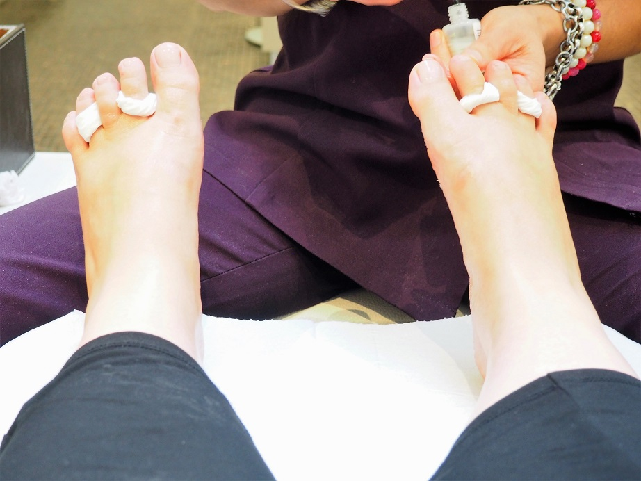 Margaret Dabbs Medical Pedicure, Beauty Treatment, London Clinic, Review, Luxury pedicure, the Frenchie Mummy, Margaret Dabbs