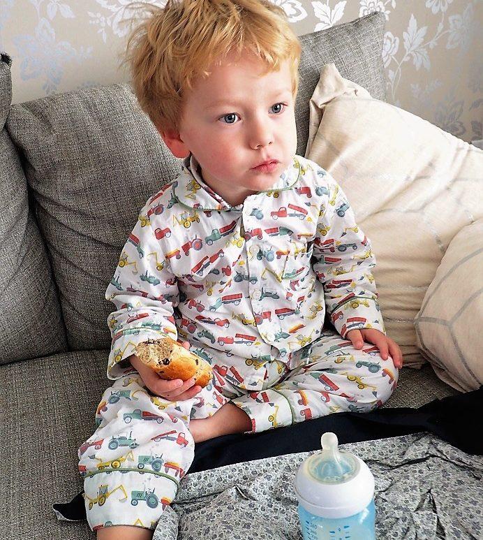 Em & Lu Nightwear, Kids' Fashion, Children's Nightwear, Classic English style, Christmas Giveaway, the Frenchie Mummy