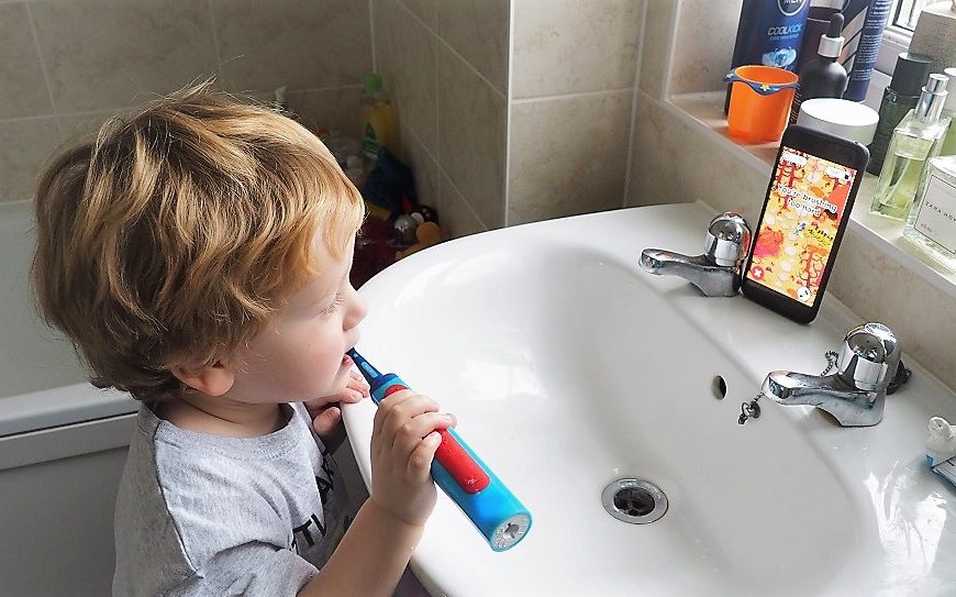 Playbrush Smart Sonic Review, Playbrush, Electric Toothbrush, Christmas Present, Brushing Teeth. Toothbrush Review, The Frenchie Mummy