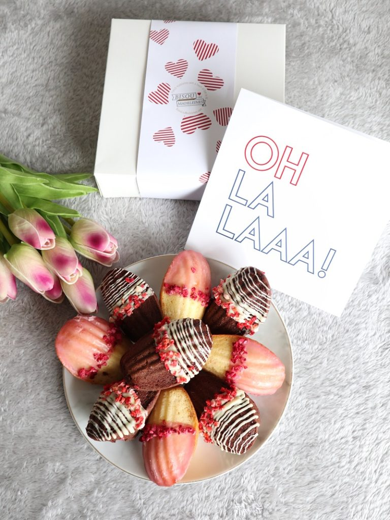Bisou les Madeleines, Madeleines Bakery, French Madeleines, Traditional French Cakes, Valentine's Giveaway, Box