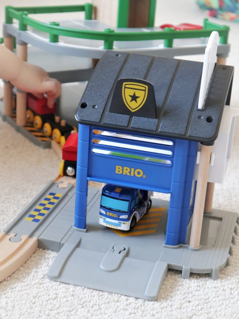 BRIO Police Station Review, BRIO World, Toys Review, Police Station, BRIO, Playing, The Frenchie Mummy