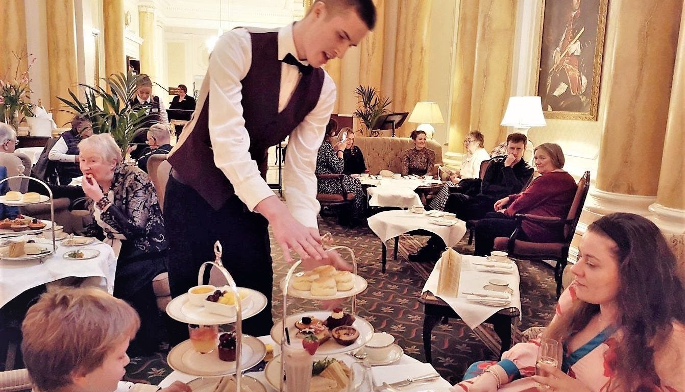 Afternoon Tea at the Grand Hotel, The Grand Eastbourne, East-Sussex, Elite Hotels, Afternoon Tea, Afternoon Tea Review, the Frenchie Mummy, Junior Afternoon Tea
