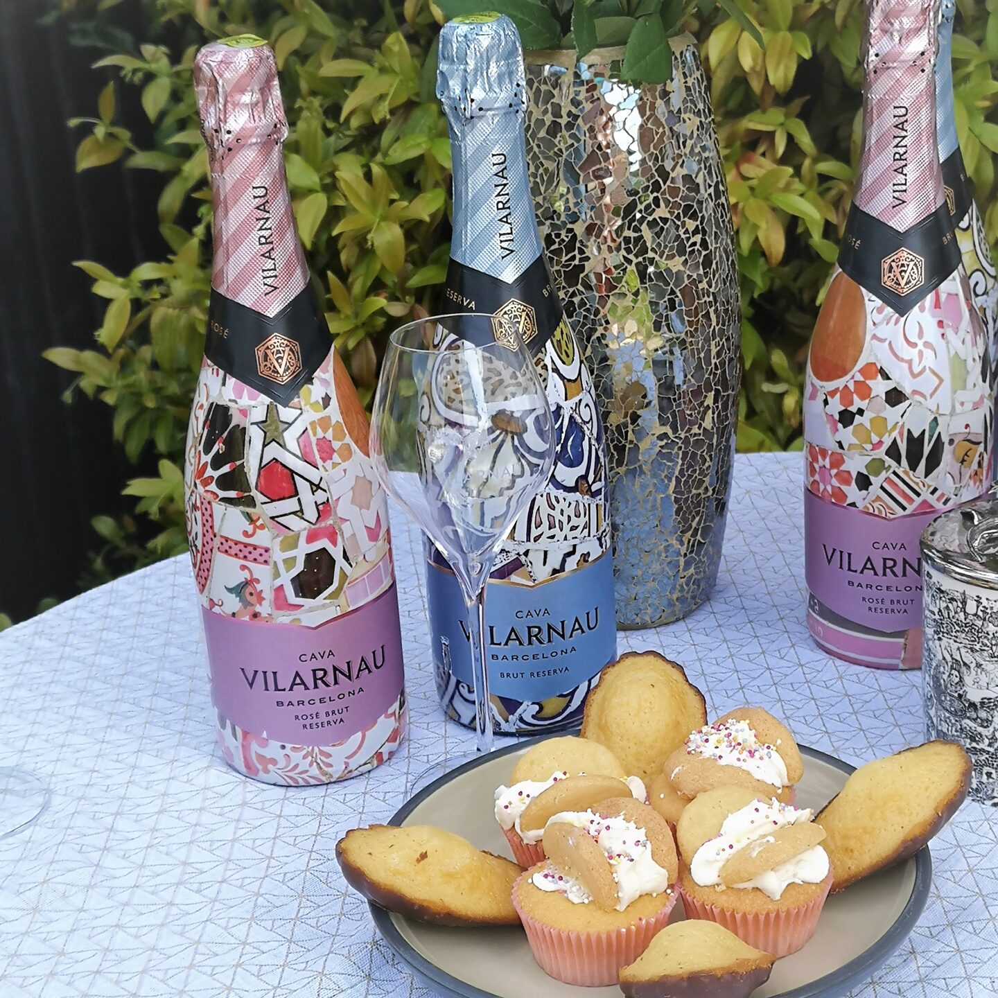 Vilarnau Premium Cava, #MakeItSparkle, Premium Cava, Vilarnau, Vilarnau Cava Barcelona, Brut Reserva Rosé, Sparkling Wine, Cava, Blog Anniversary Giveaway, Win , the Frenchie Mummy, Made in Barcelona
