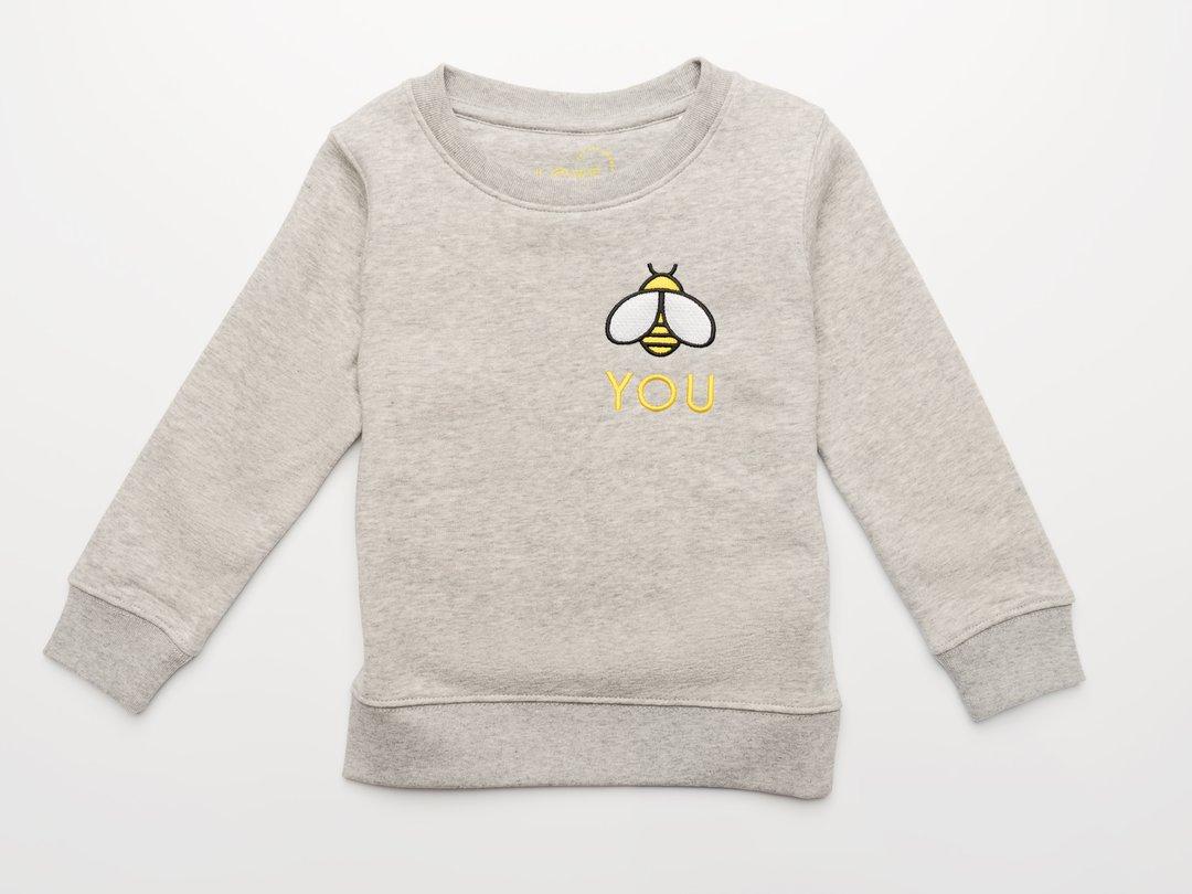 LoveLux Kids Loungewear Set, LoveLux London, Organic Kids' Brand, Childrenswear, Sustainable Fashion, Win, Christmas Giveaways, gender-neutral kids' brand, the Frenchie Mummy, Sweatshirt