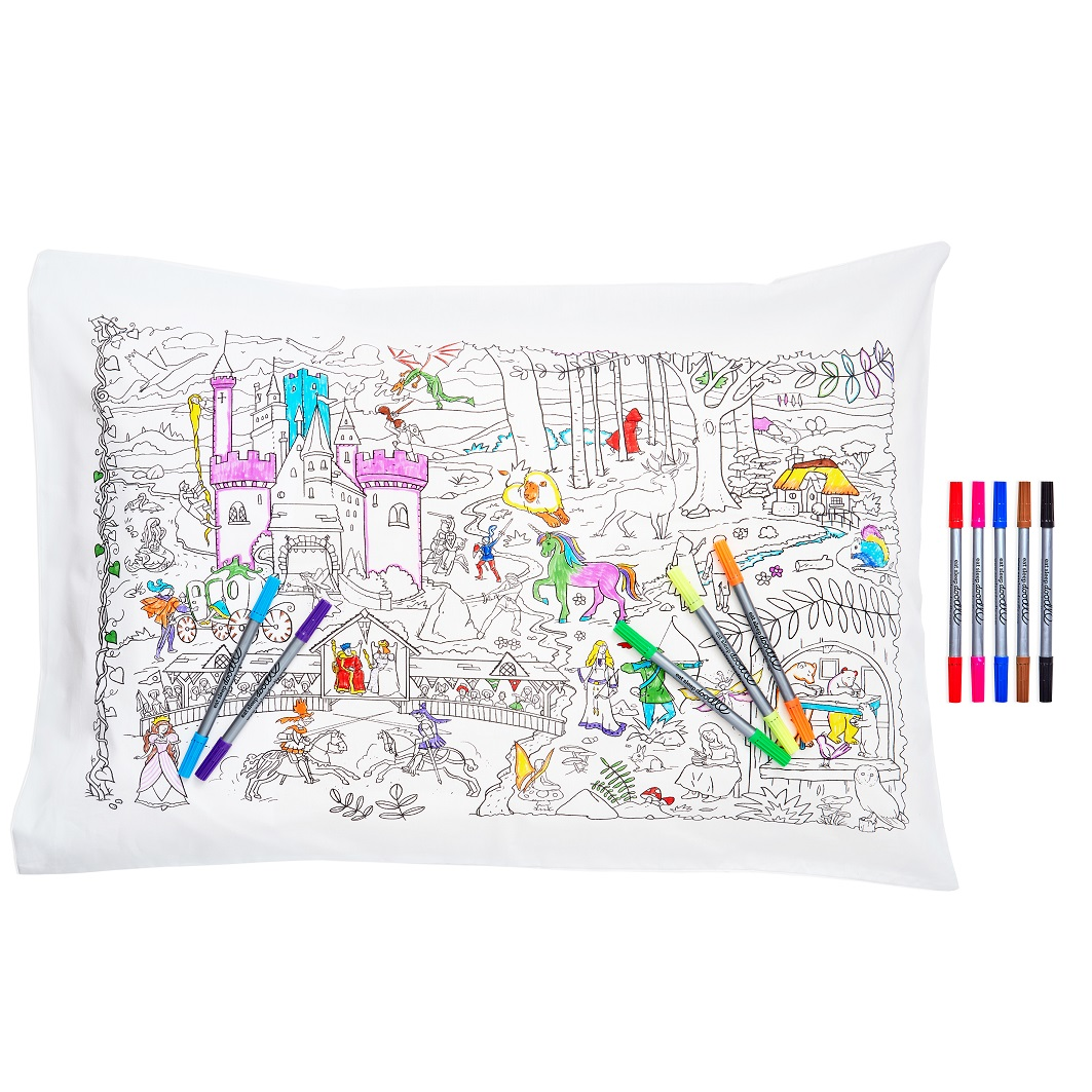 Christmas Eatsleepdoodle Set, Eatsleepdoodle, Christmas Collection, Gifts, Colour In, creative doodle gifts, Kids Items, Christmas Giveaways, Win, The Frenchie Mummy, Fairytale, Pillow Case