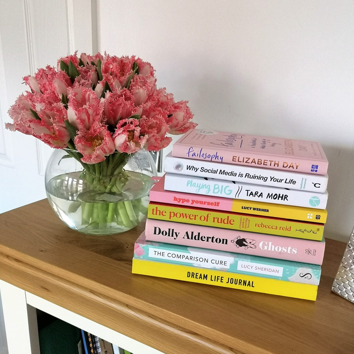 Books For Women To Feel Inspired & Empowered, Must-Read Books, Must-Read, IWD, Inspiring Readings, Self-Help Books, The Frenchie Mummy, Books For Women, Kickass Mum