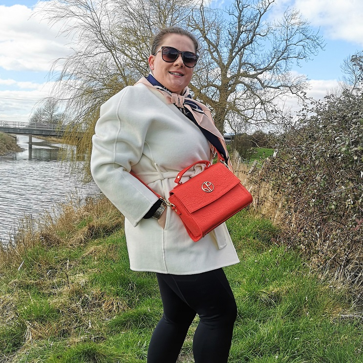 1 People, Danish Fashion, Sustainable Luxury Brand, Eco-Friendly, SUSTAINABLE and ETHICAL materials, Mother's Day Giveaways, Win, Competition, The Frenchie Mummy