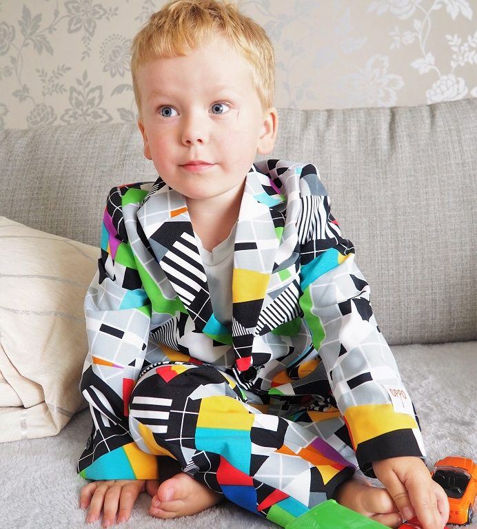 Living Arrows 34/53 , Dobell, Boys Formalwear, Dobell Suit, Multicolour Suit, Occasionwear, The Frenchie Mummy