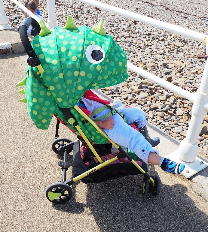 Cosatto Woosh Stroller, Pushchair Review, lightweight ultra compact buggy, stylish prints and patterns, the Frenchie Mummy