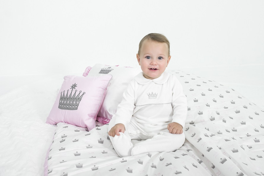 Rachel Riley Babygro, Diffusion Collection, Rachel Riley Clothes, Kids Designer Clothing, Christmas Giveaway, The Frenchie Mummy