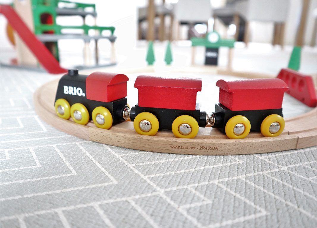 BRIO Classic Figure 8 Train Set Review, BRIO, Train Set, Wooden Toys, Toys Review, The Frenchie Mummy